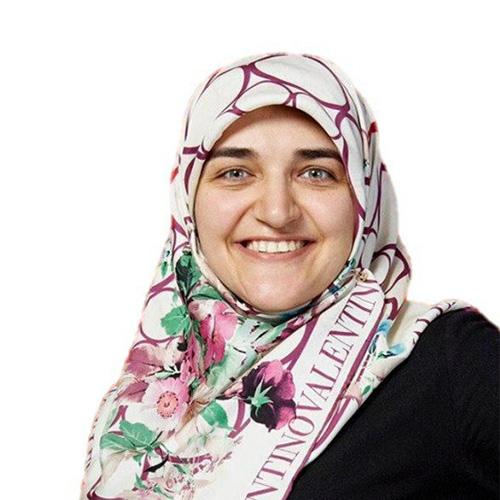 Zahra Zangeneh